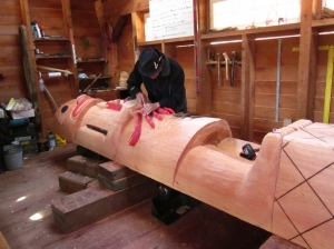 Totem pole carver at work. Ketchikan, Alaska. Photo by P. Rickrode 2014.