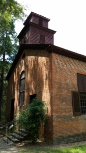 Rocky Springs church, circa 1700 something. Photo by P. Rickrode, August 2015