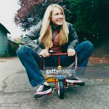 woman-on-tricycle
