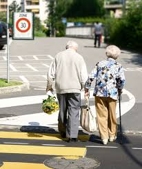 old-folks-holding-hands