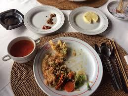 uneaten-food